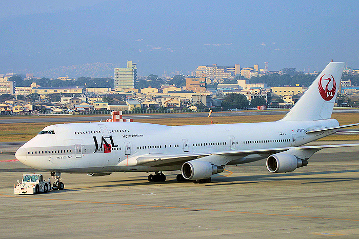 JAL'S 100th 747 JAL(日本航空) B747-400 JA8915